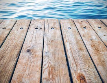 How to brighten your deck