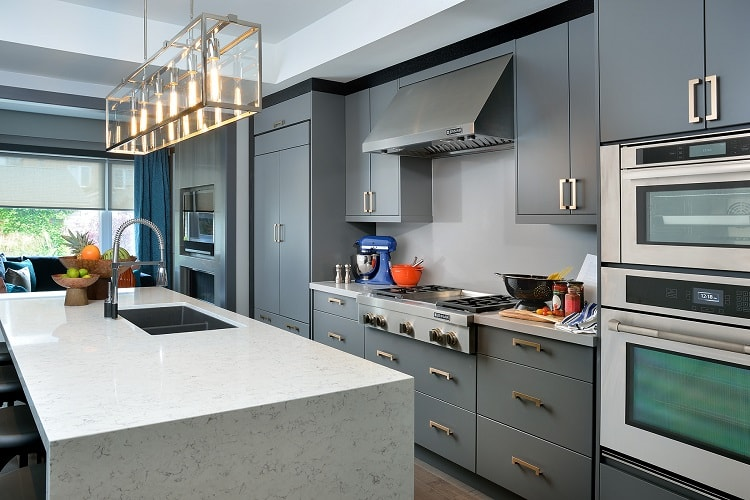 Choosing a Kitchen Backsplash