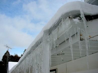 rooftop_ice_dam