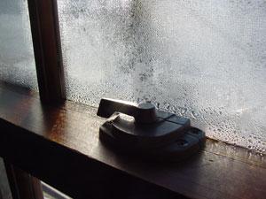 window-condensation-02